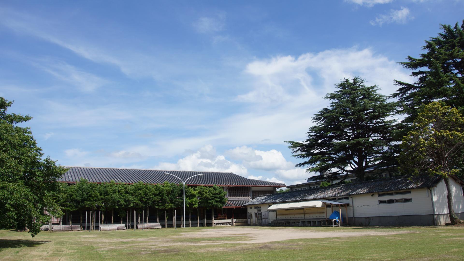 萩セミナーハウス | 広場